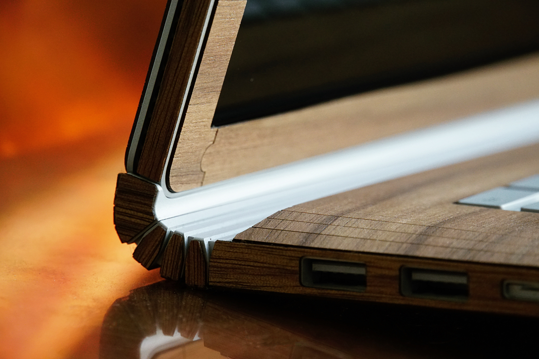 Surface Book / Book 2 wood cover